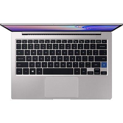 """Notebook NP730XBE, Processador i3 (8ª Geração) de 2.1ghz, 4gb de Memória, 256gb SSD de Armazenamento, Tela de 13.3"""" - Samsung  CX 1 UN"""