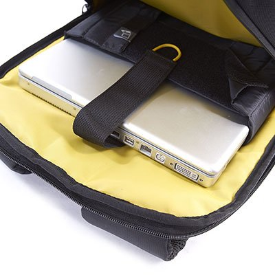 "Mochila p/notebook 15"" Business Ikonn preta e amarelo Samsonite PT 1 UN"