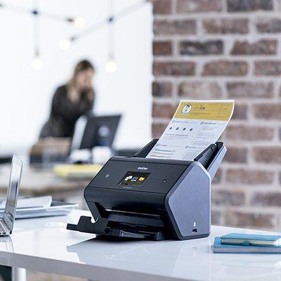 Scanner mesa compacto ADS3600W Brother CX 1 UN